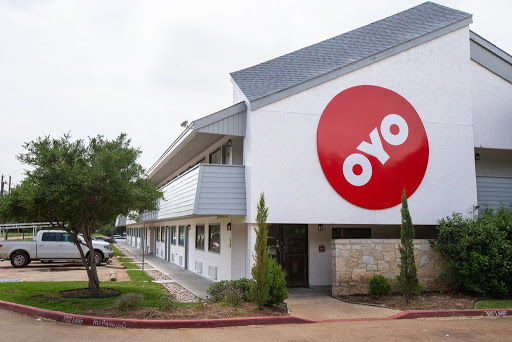 Softbank-backed OYO to cut pay of all employees in India